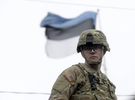 Американский солдат во время учений Dragoon Ride в Пярну, Эстония