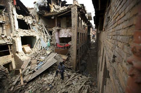 Разрушенное в результате землетрясения здание в Бхактапуре, Непал