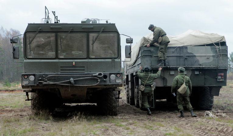 """Учения по развертыванию ракетного комплекса """"Искандер"""""""