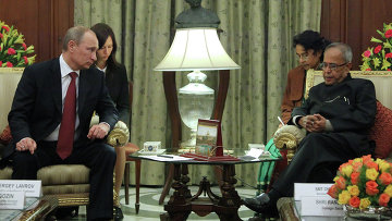 Президент России Владимир Путин и президент Республики Индии Пранаб Кумар Мукерджи