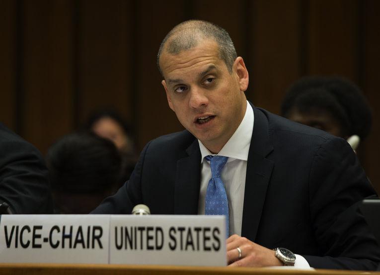 Заместитель помощника госсекретаря и представляющий США координатор по международным коммуникациям и информационной политике Дэниел Сепульведа
