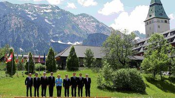 """Встреча лидеров """"Большой семерки"""" в баварском замке Эльмау на юге Германии"""