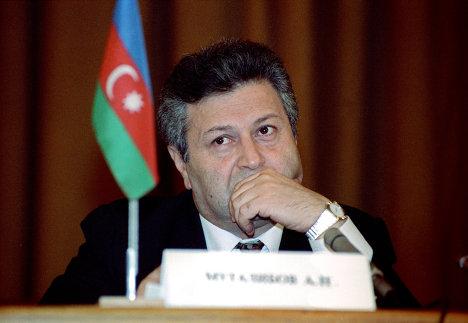 Бывший президент Азербайджана Аяз Муталибов. Архив