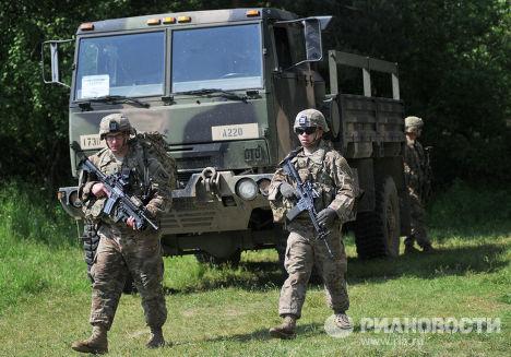 Американские военные во время учений Fearless Guardian - 2015