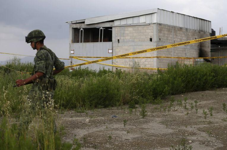 Склад, в который ведет туннель из тюрьмы, откуда сбежал наркобарону Хоакин Гусман