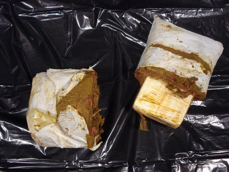 Замороженное мясо, в котором был найден кокаин
