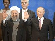 Владимир Путин и Хасан Роухани перед началом саммита глав государств и правительств стран-участниц Форума стран-экспортеров газа (ФСЭГ) в Тегеране