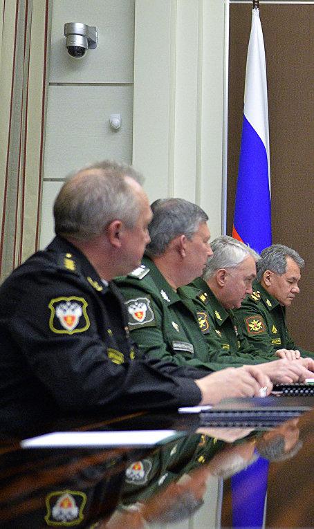Владимир Путин проводит совещание по вопросам развития Вооружённых Сил РФ
