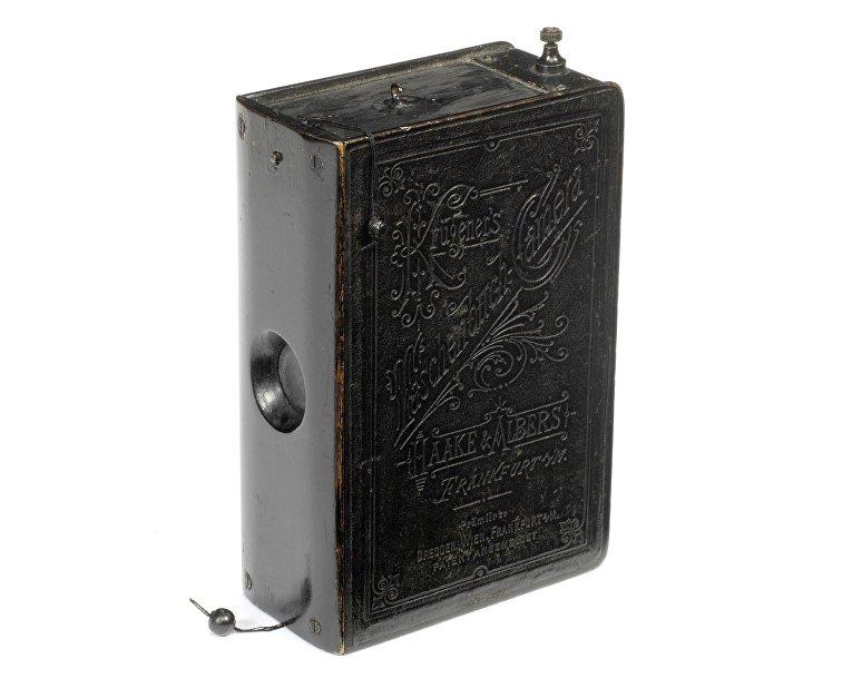 Редкие камеры аукциона Bonhams: камера Taschenbuch («карманная книга»)