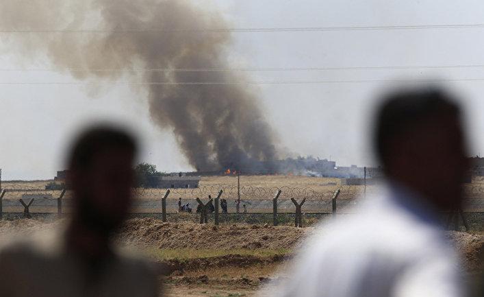 Авиаудар коалиции по городу Тель-Абьяд в Сирии