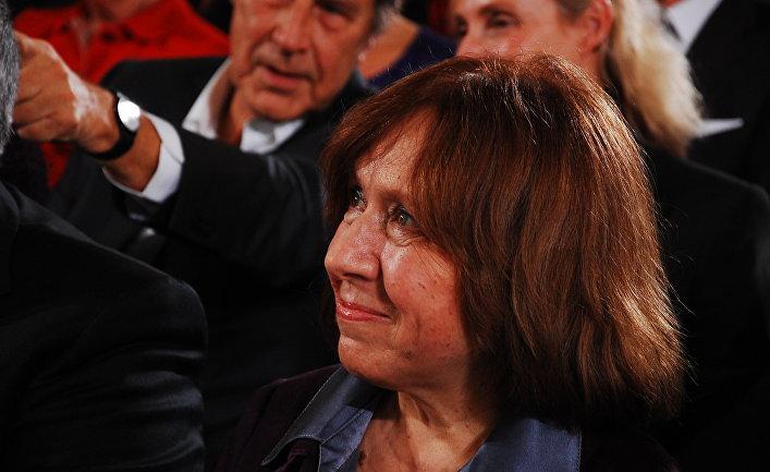 Светлана Алексиевич на церемонии награждения Премии мира Союза немецких книготорговцев