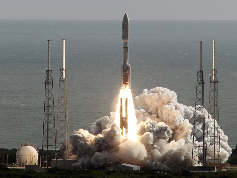 Старт ракеты «Атлас V» с ровером Curiosity с мыса Канаверал, 26 ноября 2011 года