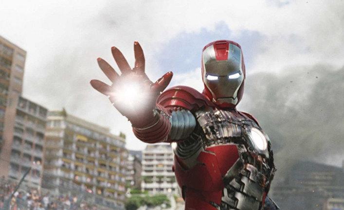 Кадр из фильма «Железный человек 2»