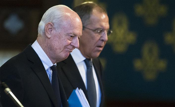 Сергей Лавров и Стефан де Мистура после совместной пресс-конференции в Москве