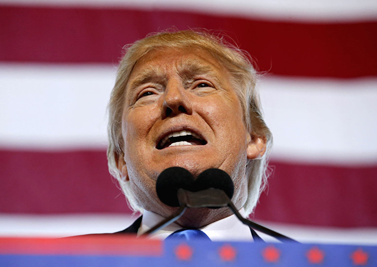 Кандидат в президенты США от Республиканской партии Дональд Трамп выступает на предыборном митинге