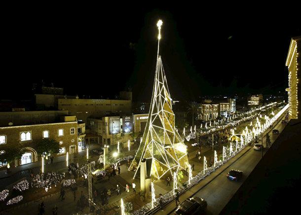 Рождественская елка в Библе, Ливан