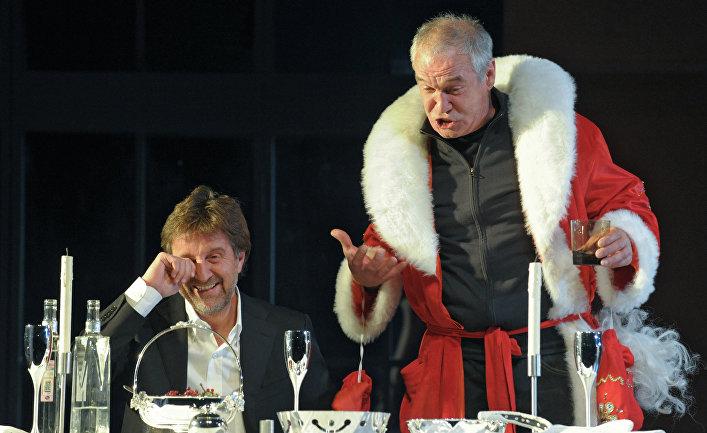 """Сцена из спектакля """"С наступающим…"""" в театре """"Современник"""""""