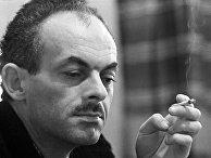Советский поэт Булат Окуджава