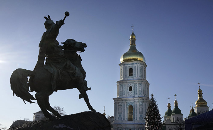 Памятник Богдану Хмельницкому в Киеве