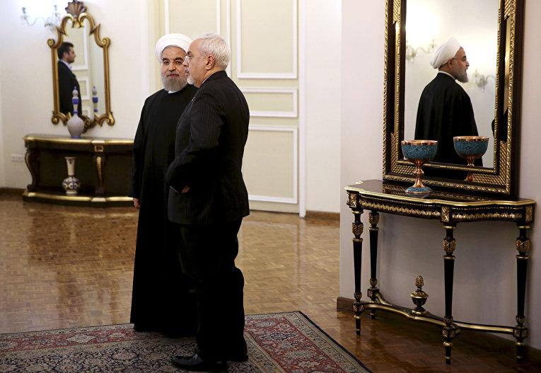 Встреча президента Ирана Хасана Рухани и премьер-министра Пакистана Навазом Шарифом в Тегеране