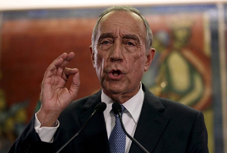Португальский политик Марселу Ребелу де Соуза, одержавший победу на президентских выборах