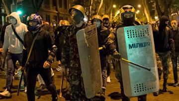 Про-украинские демонстранты в Одессе