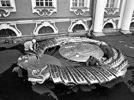 «Низвержение» Герба СССР