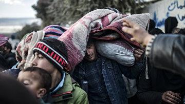 Сирийцы покидают Алеппо, 5 февраля 2016