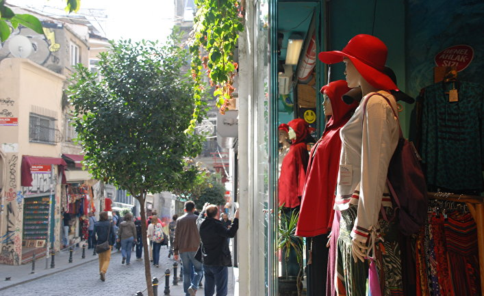 Прогулка по улицам района Галата в Стамбуле