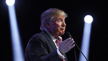 Кандидат на пост президента США Дональд Трамп во время выступления в Южной Каролине