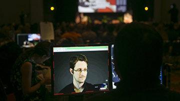 Трансляция интервью с Эдвардом Сноуденом