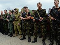 Бойцы народного ополчения Донбасса приняли воинскую присягу в Донецке