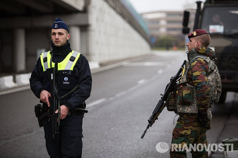 Ситуация в Брюсселе после серии взрывов в аэропорту и метро