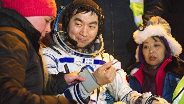 "Приземление спускаемого аппарата ""Союз ТМА-17М"" с экипажем МКС-44/45"