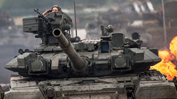 Танк Т-90 в демонстрационной программе в рамках форума «ТВМ-2014»