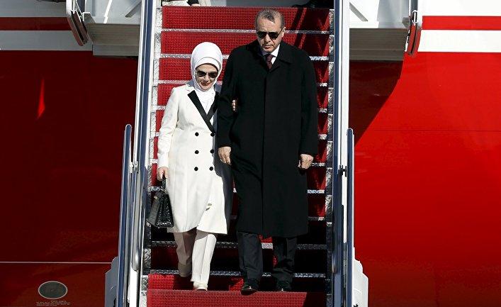 Президент Турции Тайип Эрдоган и его жена прибыли в Вашингтон