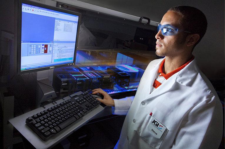 Лаборатория Объединенного института генома, США