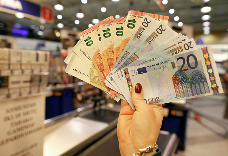 Купюры евро разного достоинства