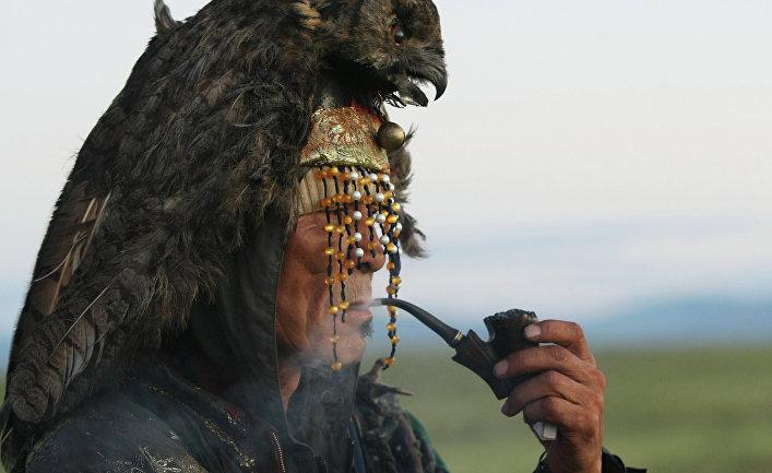 Великое камлание верховного шамана Тувинского народа к юбилею 9-летия тэнгрианского общества «Дух медведя»