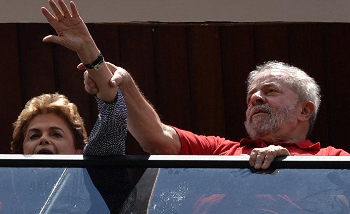 Бывший президент Бразилии Луис Инасиу Лула да Силва и действующий президент Бразилии Дилма Русеф