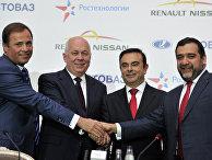"""Подписание соглашения между ОАО """"АвтоВАЗ"""" и Renault-Nissan"""
