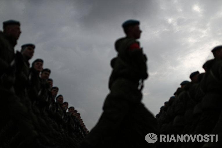 В Подмосковье начались тренировки перед военным парадом 9 мая