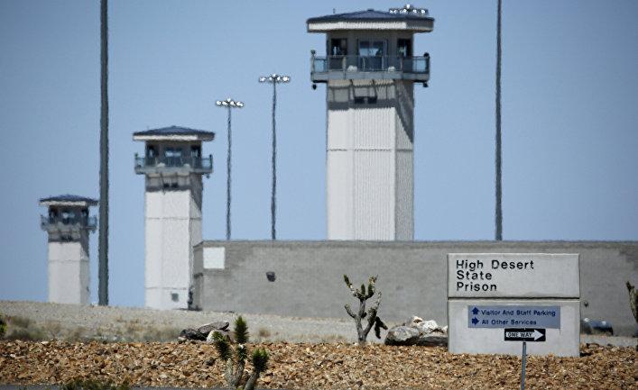 Сторожевые башни тюрьмы High Desert State Prison