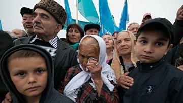 Крымские татары на митинге, посвященном семидесятилетию депортации, в Симферополе