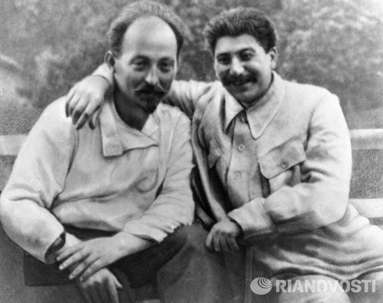 Иосиф Сталин и Феликс Дзержинский
