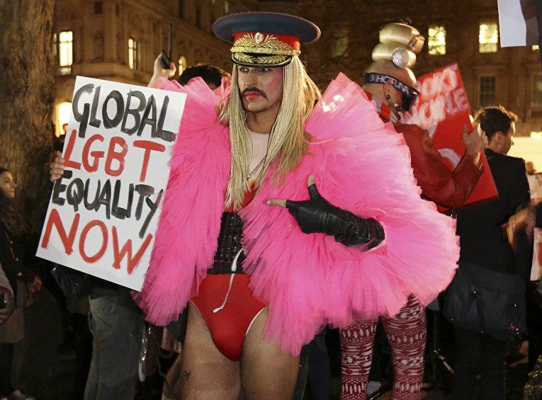 Протест против закона о пропаганде гомосексуализма в Лондоне