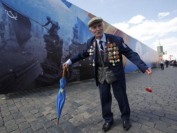 Ветеран ВОВ на параде Победы