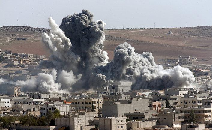 Авиаудары коалиции во главе с США по позициям боевиков «Исламского государства» (запрещена в РФ) в Кобани