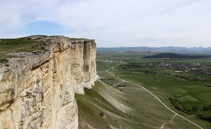 Вид на Белую скалу в Белогорском районе Крыма