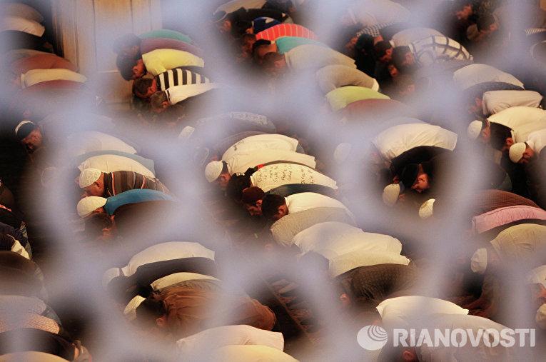 Празднование Ураза-байрама в Грозном